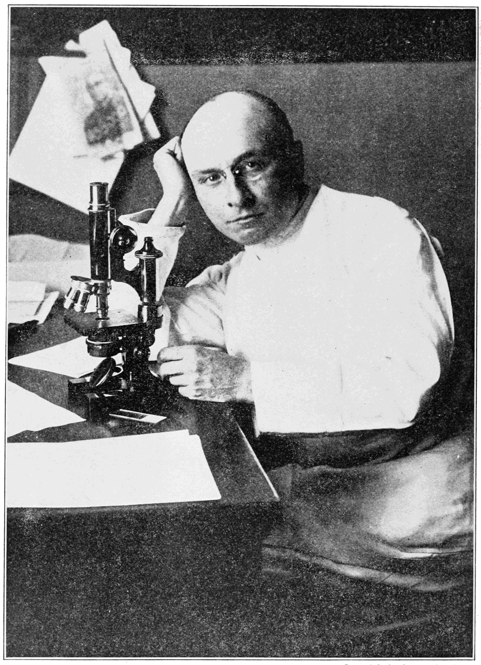 Alexis Carrel in the lab